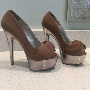 Steve Madden Moskow platform heels - size 7.5